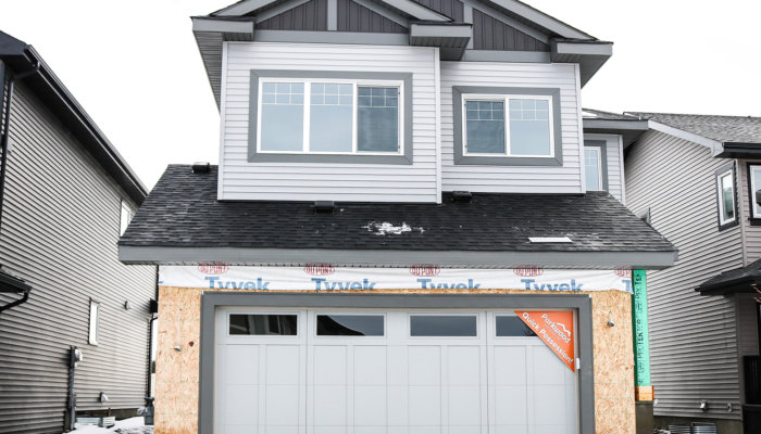 move in ready edmonton sienna glenridding exterior