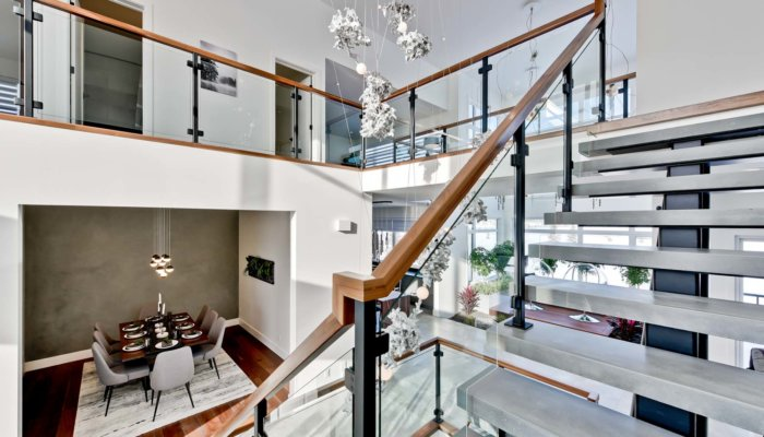Full House Lottery Home Stairwell