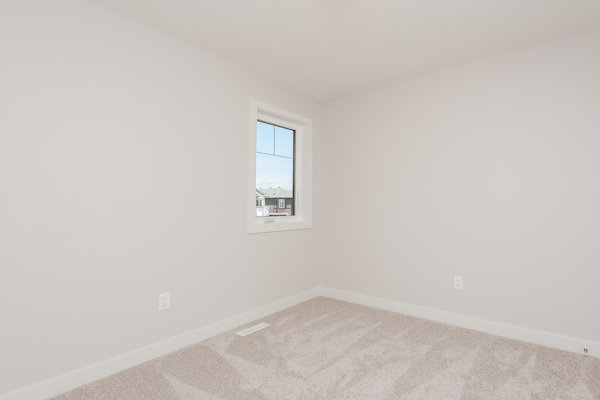 Quick Possession Edmonton Woodbury Rosenthal Bedroom4