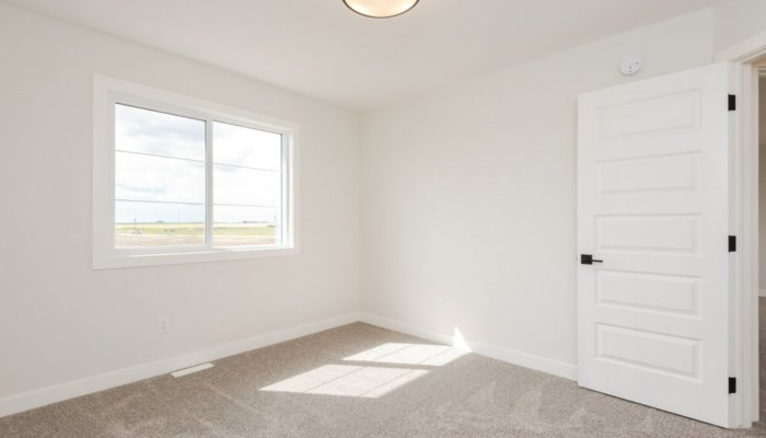 Quick Possession St Albert Coronado Bedroom4..