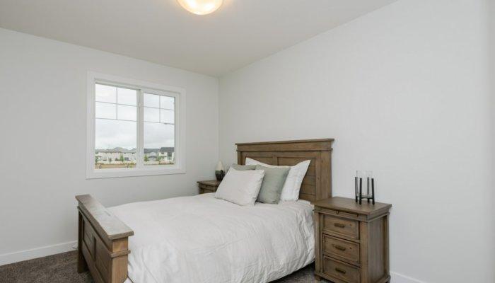 Quick Possession Edmonton Newport Bedroom 3