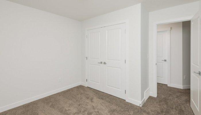 Quick Possession Edmonton Newport Bedroom 4.1