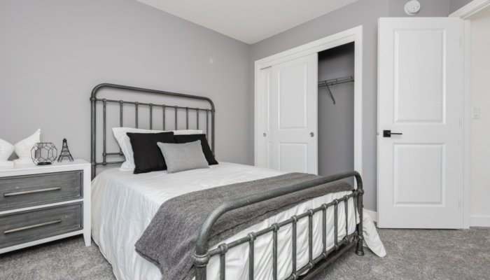 Quick Possession Edmonton Edgemont Sienna bedroom 2