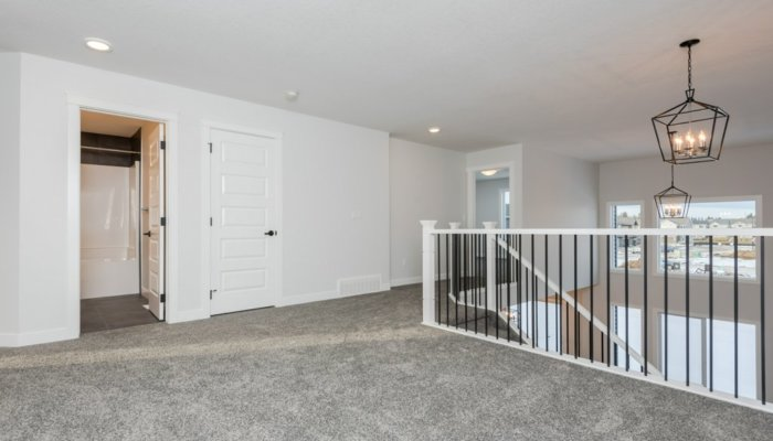 Quick Possession Edmonton Newport II Bonus Room