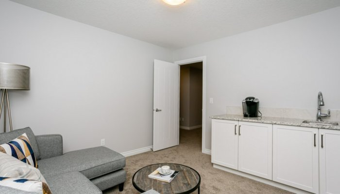 Quick Possession Edmonton Condo Villas Bonus Room