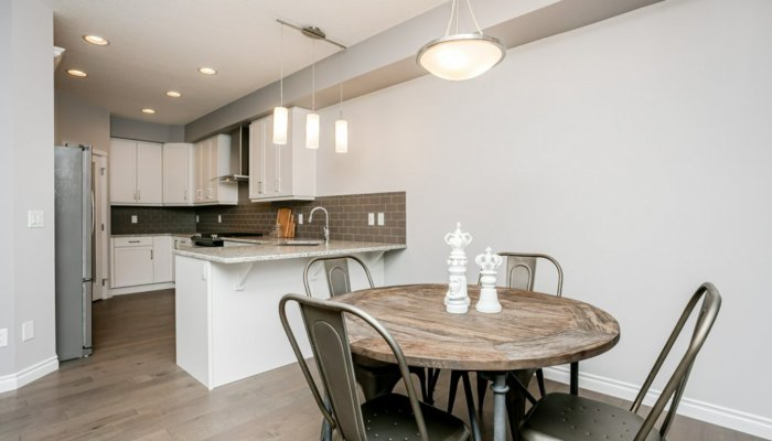 Quick Possession Edmonton Condo Villas Dining