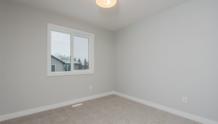 Quick Possession Edmonton Woodbury Bedroom 2