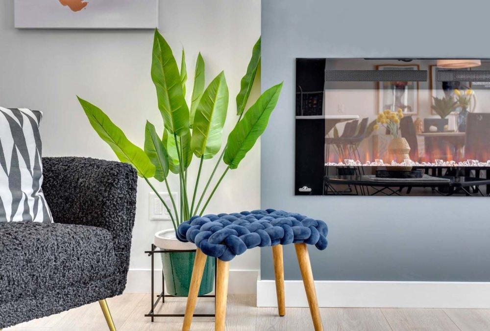 Living Room Detail 3