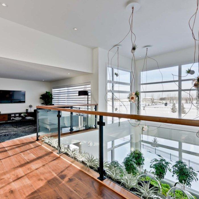 Full House Lottery Home Bridge Hallway2